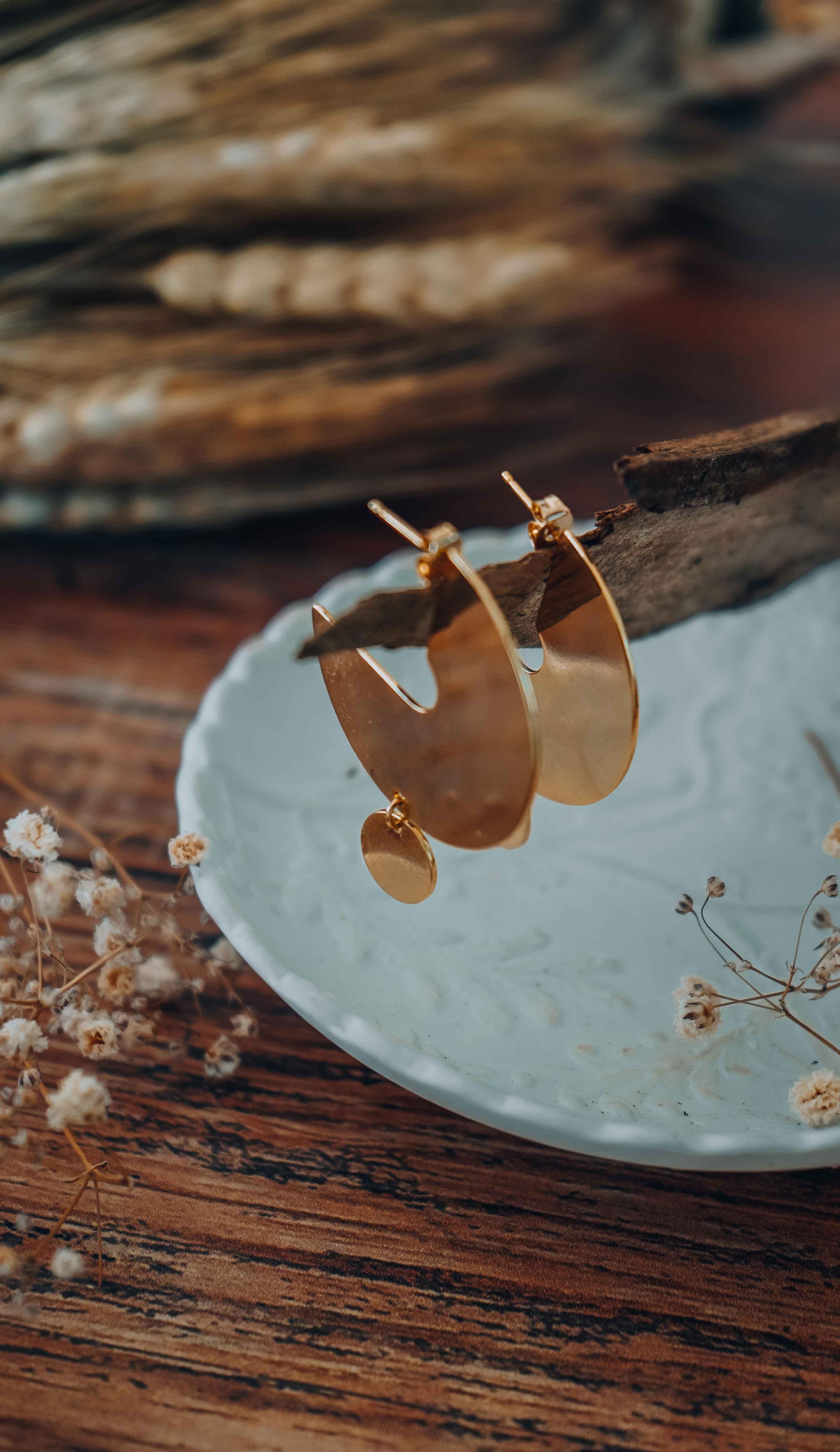 photo boucles d'oreilles géométriques Nine