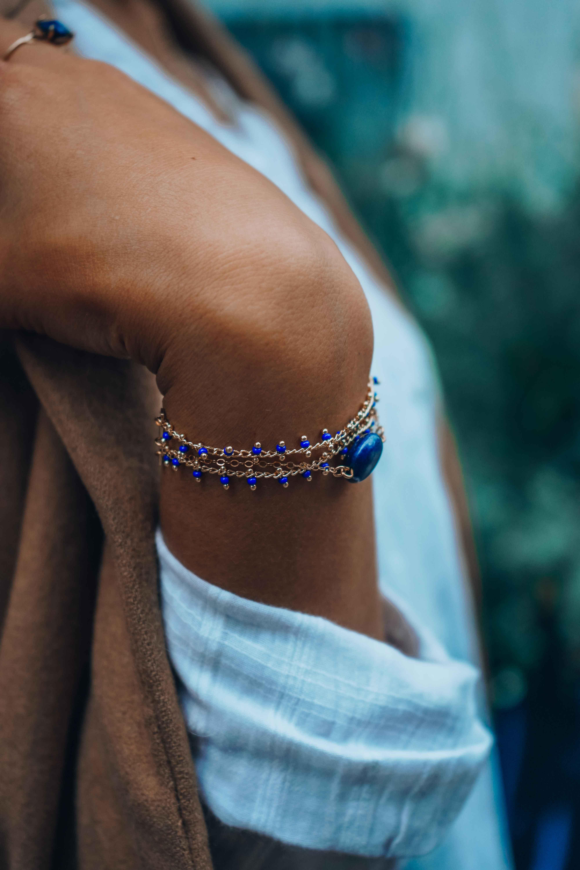 photo bracelet Anna lapis lazuli bleu