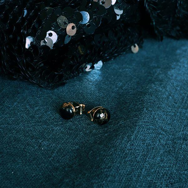image puces oreilles lou obsidienne noire